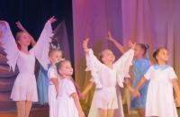 Праздничная концертная программа «Наши ангелы» в Ермаковском ЦД